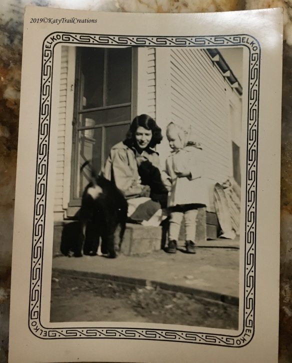 Inez, Eileen and puppy
